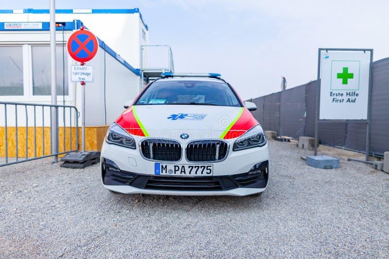 Un'automobile tedesca dell'ambulanza dall'unione dell'ambulanza di Aicher fotografia stock libera da diritti