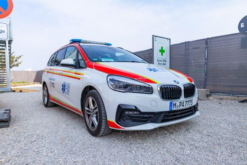 Un'automobile tedesca dell'ambulanza dall'unione dell'ambulanza di Aicher immagini stock