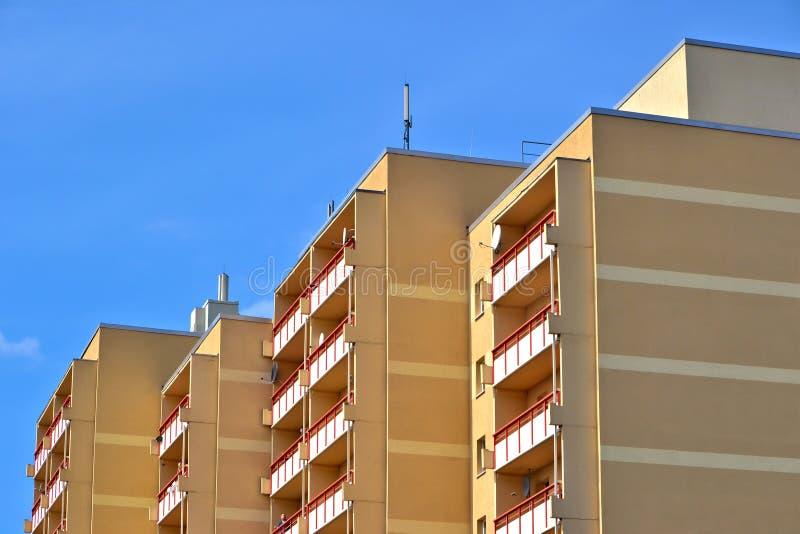 Un bâtiment résidentiel photographie stock libre de droits