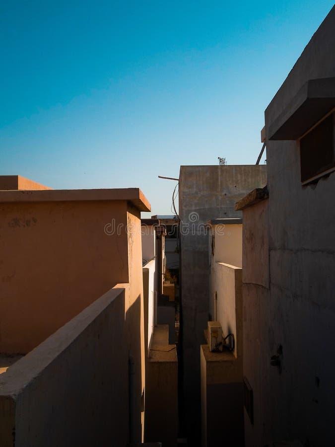Un balcón estrecho fotografía de archivo libre de regalías