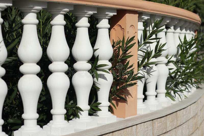Un balustre blanc photographie stock