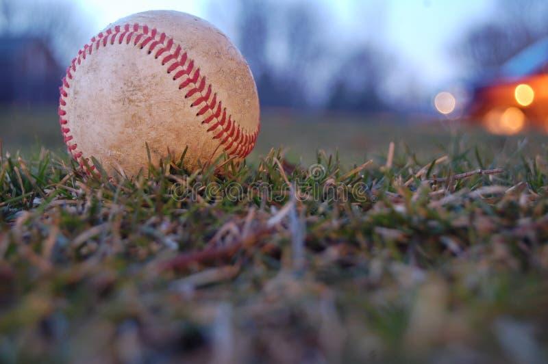 Un baseball consumato immagini stock