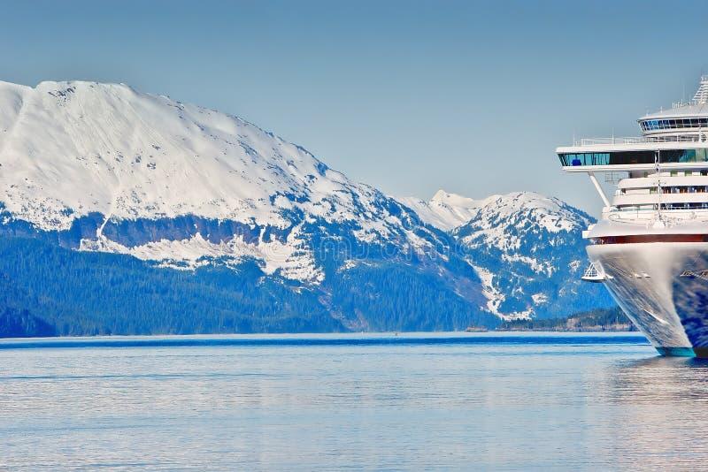 Un bateau de cruse en Alaska images stock
