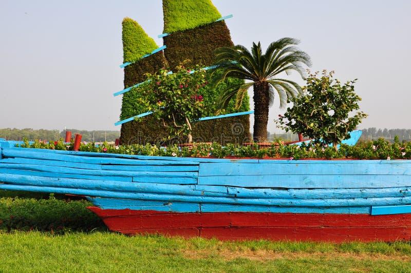 Un bateau en bois image libre de droits