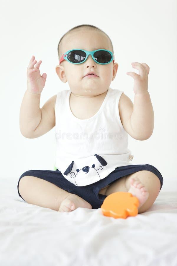 Un beau bébé photographie stock libre de droits