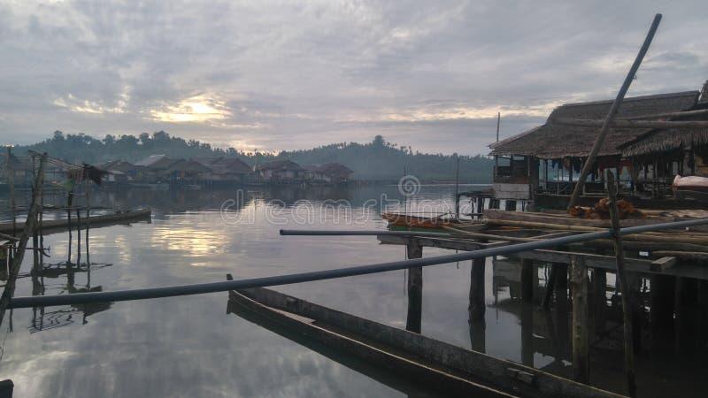 un beau matin en île Indonésie de Togean image stock