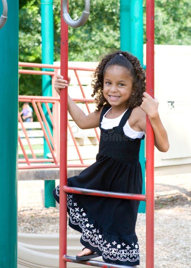 Un bel enfant de chemin mélangé photographie stock libre de droits