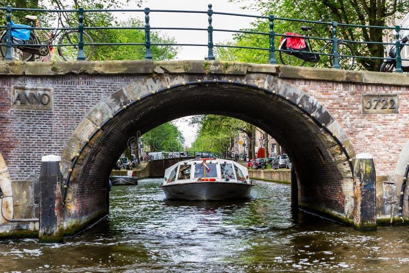 Un bel giorno a Amsterdam romantica, i Paesi Bassi immagine stock