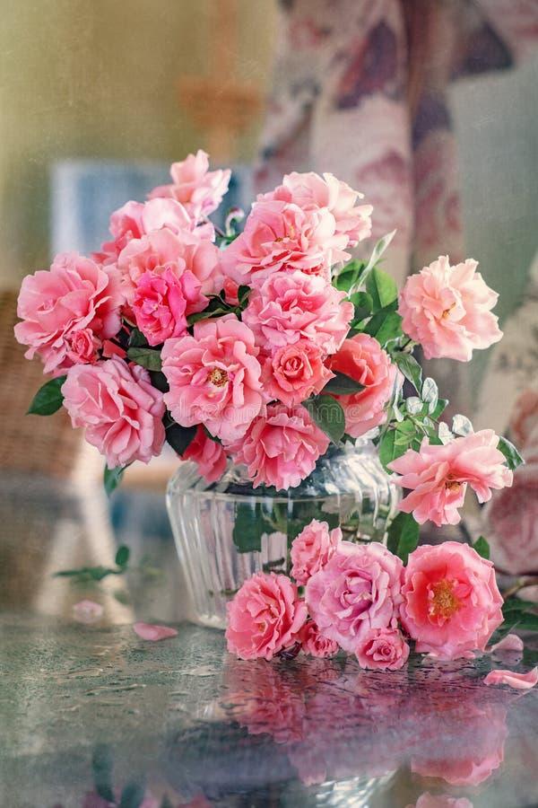 Un bel mazzo di fiori immagini stock libere da diritti