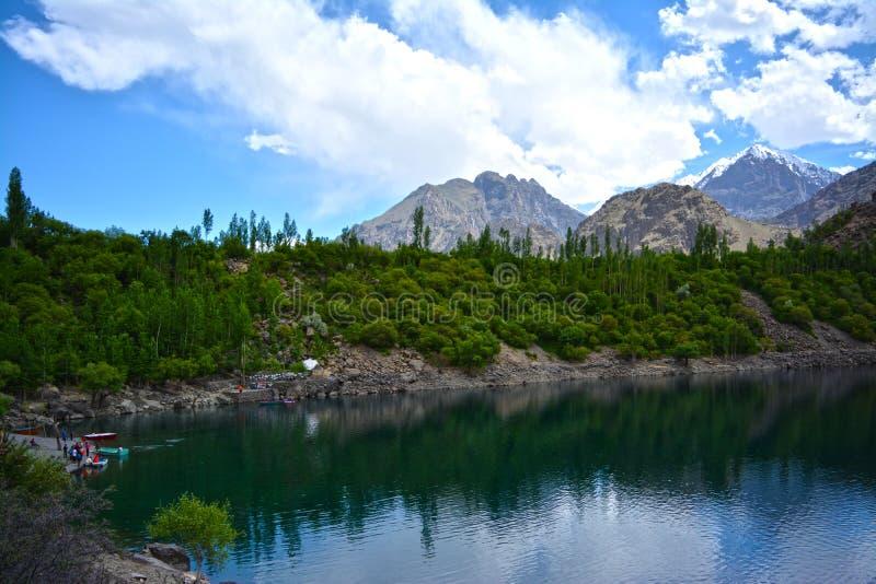 Un bello lago in skardu immagini stock libere da diritti