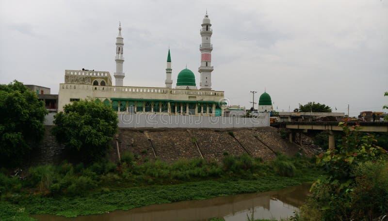 Un bello masjid nella mia città Sialkot fotografia stock libera da diritti