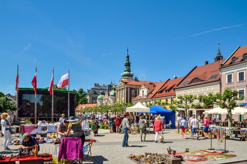 Un bello mercato storico in Pszczyna, Polonia immagini stock libere da diritti