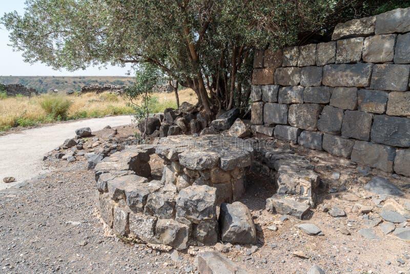 Un belvédère préservé sur les ruines d'un monastère chrétien de l'ANNONCE du 6ème siècle dans le village abandonné de Deir Qeruh  photographie stock
