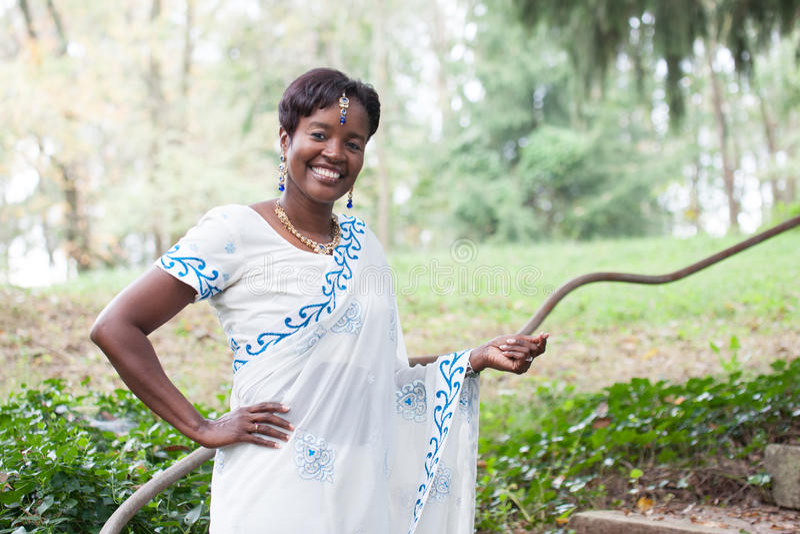 Jeune mariée afro-américaine photos libres de droits