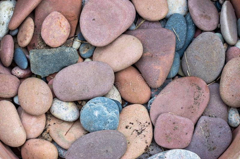 Un bon nombre de pierres colorées image libre de droits