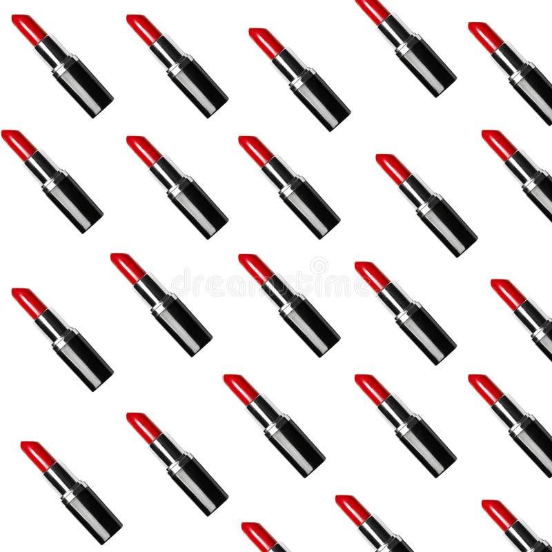 Un bon nombre de rouges à lèvres rouges image stock