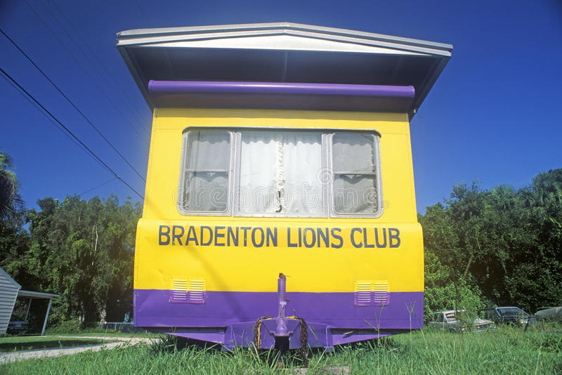 Un bordo della strada del rimorchio di Lions Club in Bradenton, Florida fotografia stock