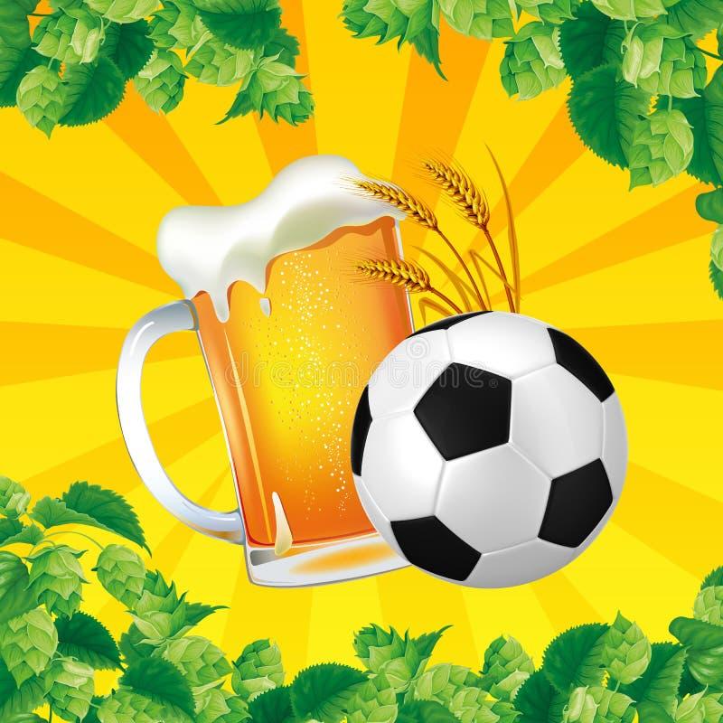 Un buen vidrio de cerveza con el balón de fútbol en un fondo brillante stock de ilustración