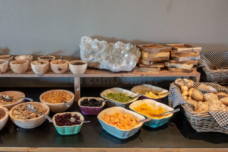 Un buffet della prima colazione fotografia stock