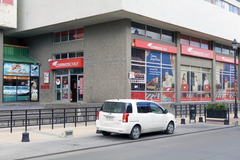 Un bureau de poste à Punta Arenas, Chili images libres de droits