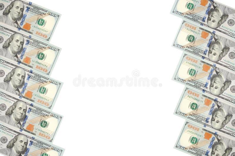Un cadre de deux rangées des factures de cent dollars Fond blanc sur la ligne centrale images libres de droits