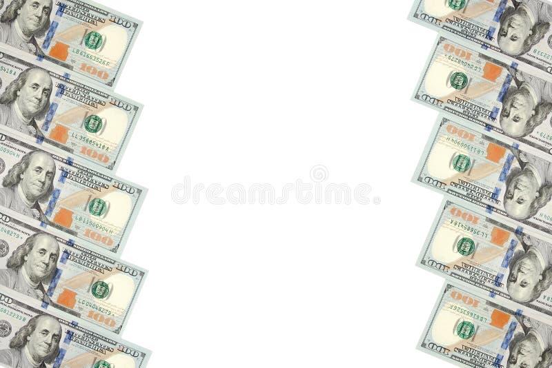 Un cadre de deux rangées des factures de cent dollars Fond blanc sur la ligne centrale photos libres de droits