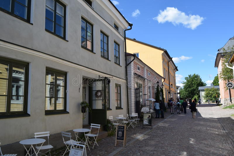 Un café dans la vieille ville de Porvoo, Finlande photos stock