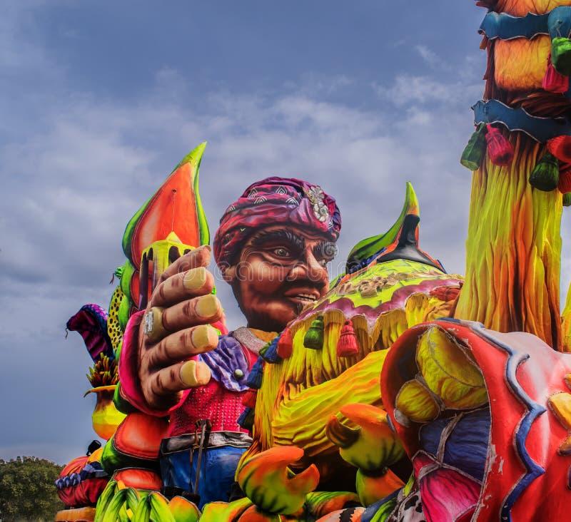 Un Carnevale-galleggiante variopinto immagine stock libera da diritti