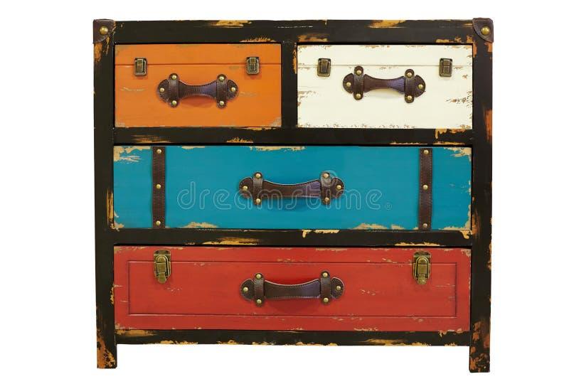 Un cassettone di legno antico con le maniglie del cuoio, graffio immagine stock