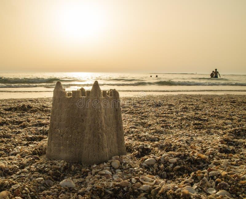 Un castello nella sabbia fotografia stock