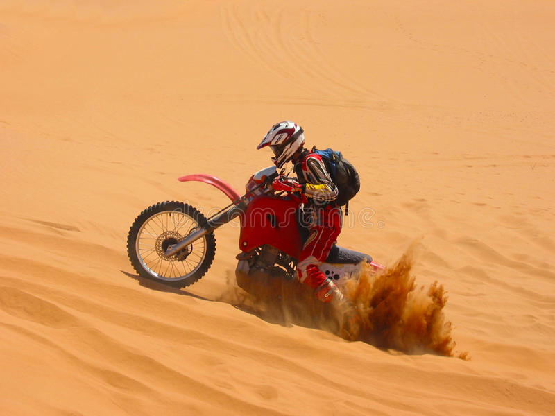 Motociclo sepolto fotografia stock libera da diritti
