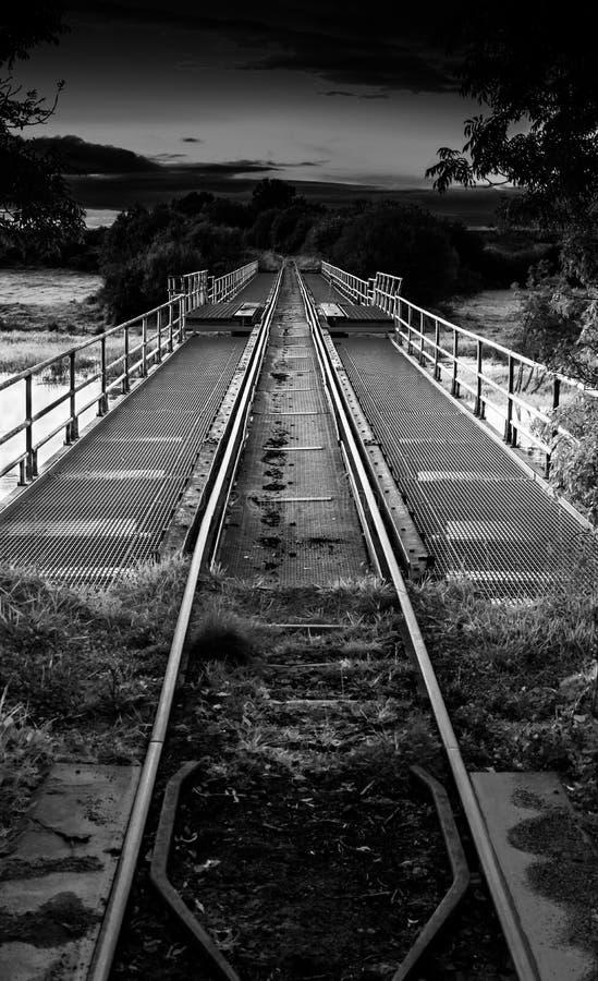 Un chemin de fer au-dessus du shannon de rivière image libre de droits