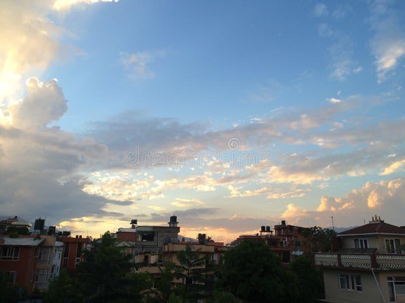 Un ciel bonsoir image libre de droits