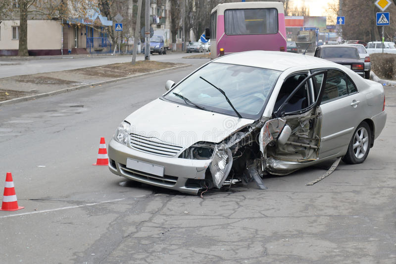 Un coche estrellado foto de archivo libre de regalías