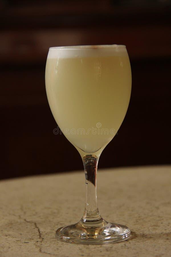 Un cocktail aigre délicieux de Pisco images libres de droits
