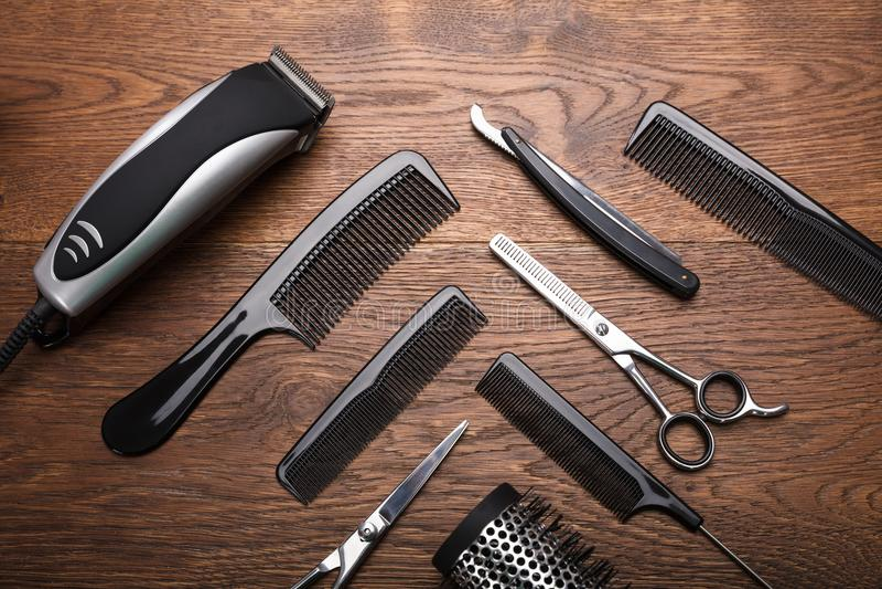 Un coiffeur Tools On Desk images libres de droits