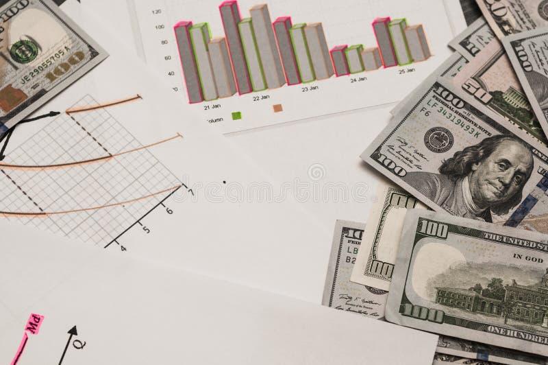 Un concetto economico nel comportamento di affari e di poesia Pagamento delle tasse fotografia stock libera da diritti