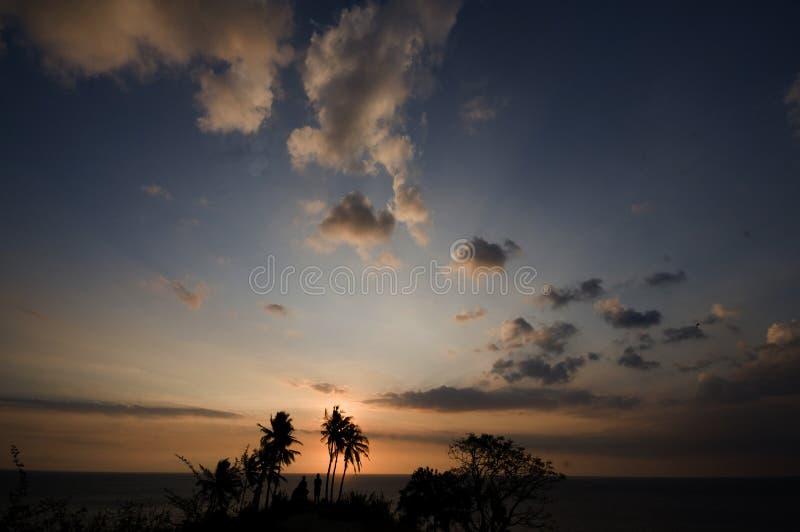 Un coucher du soleil en île Indonésie de Lombok photos stock