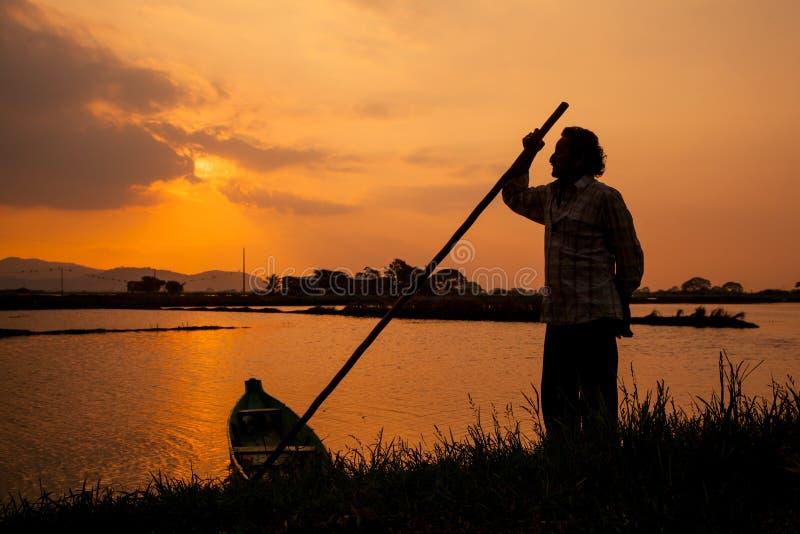 Un coucher du soleil magique à Guayaquil images stock
