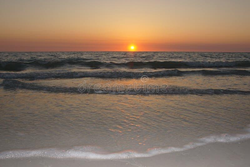 Un coucher du soleil parfait images libres de droits