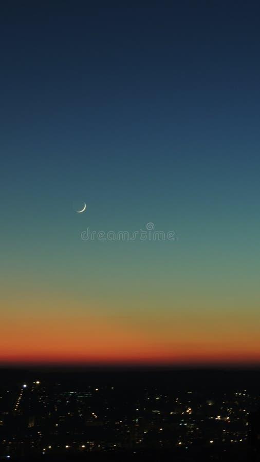 Un coucher du soleil peu commun photos libres de droits