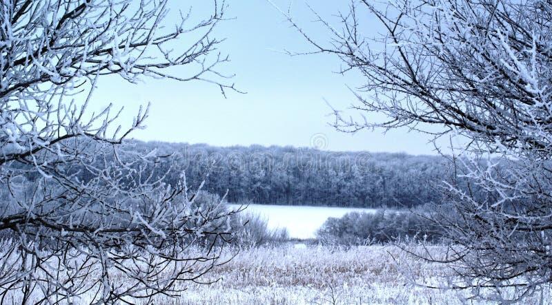 Un día de invierno reservado da resto y comodidad imagenes de archivo