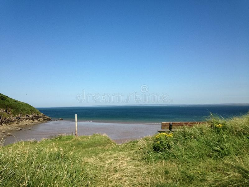 Un día en la playa en País de Gales imagen de archivo libre de regalías
