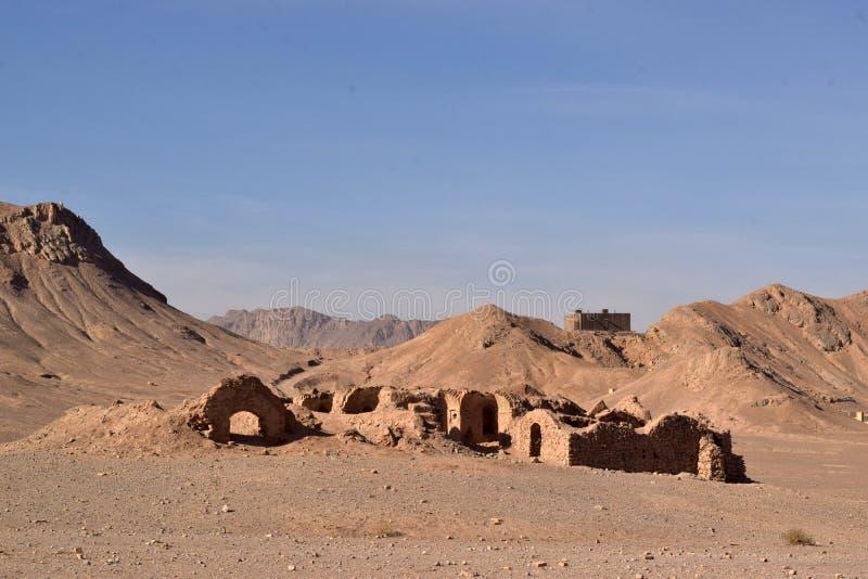 Un Dakhma o una torre di silenzio in Yazd, Iran fotografia stock libera da diritti