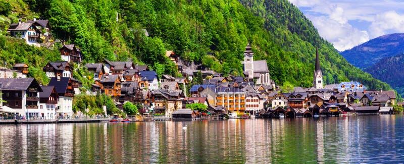 Un des villages alpins les plus beaux Hallstat en Autriche image libre de droits