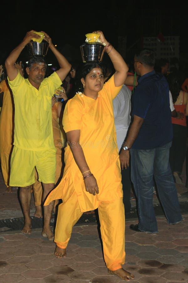 Un devoto nel festival indù di Thaipusam. immagini stock