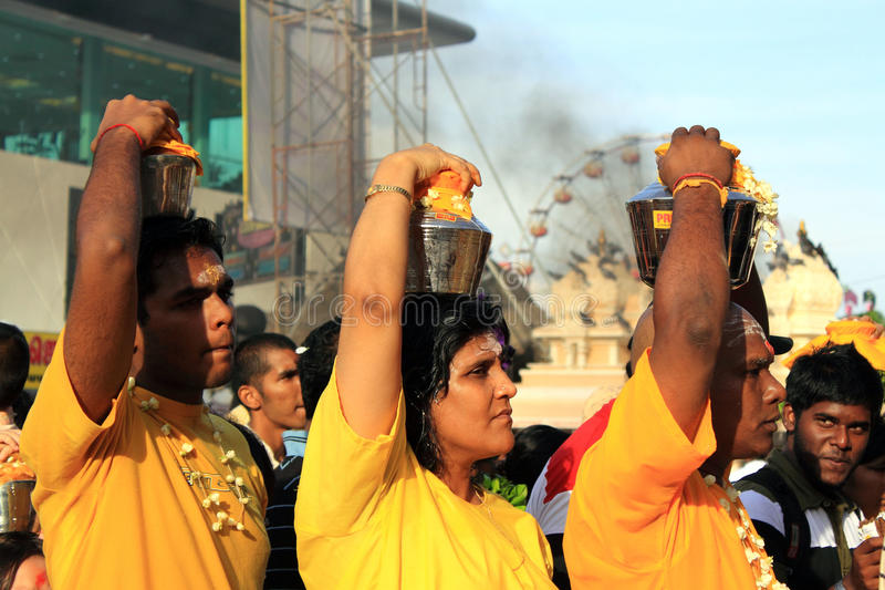 Un devoto nel festival indù di Thaipusam. fotografia stock libera da diritti