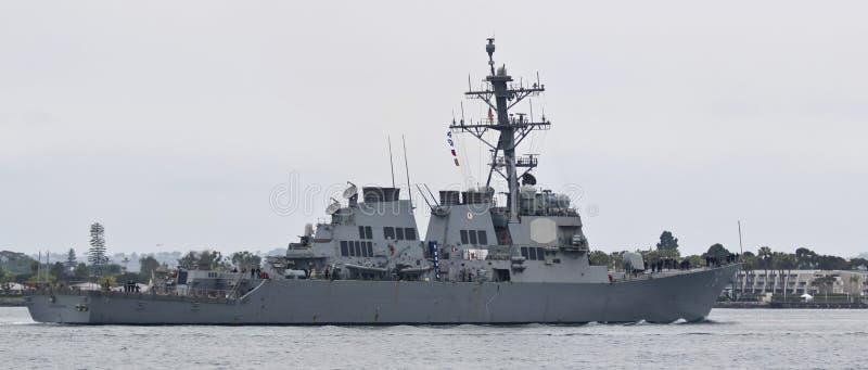 Un distruttore della marina di Stati Uniti, USS Higgins, San basso navale Dieg fotografia stock libera da diritti