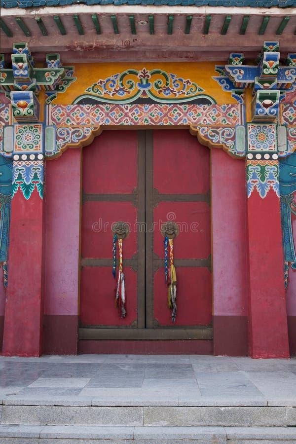 Un du temple tibétain célèbre de monastère bouddhiste ---- Miao Temple de la porte images stock