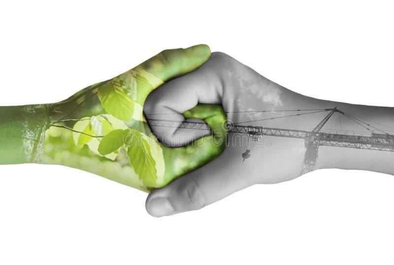 Un'ecologia delle due mani fotografie stock